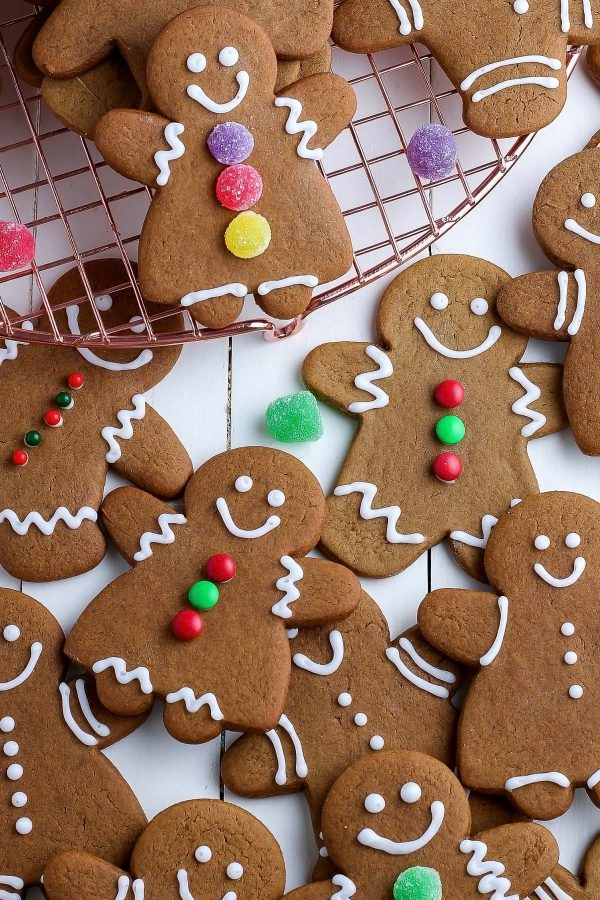 overhead shot of decorated gingerbread men and women.